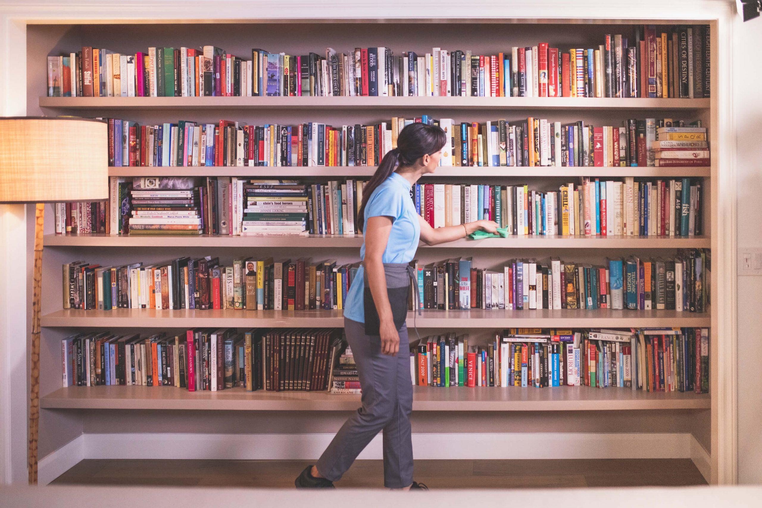 چطور به بهترین نحو کتابخانهتان را بچینید