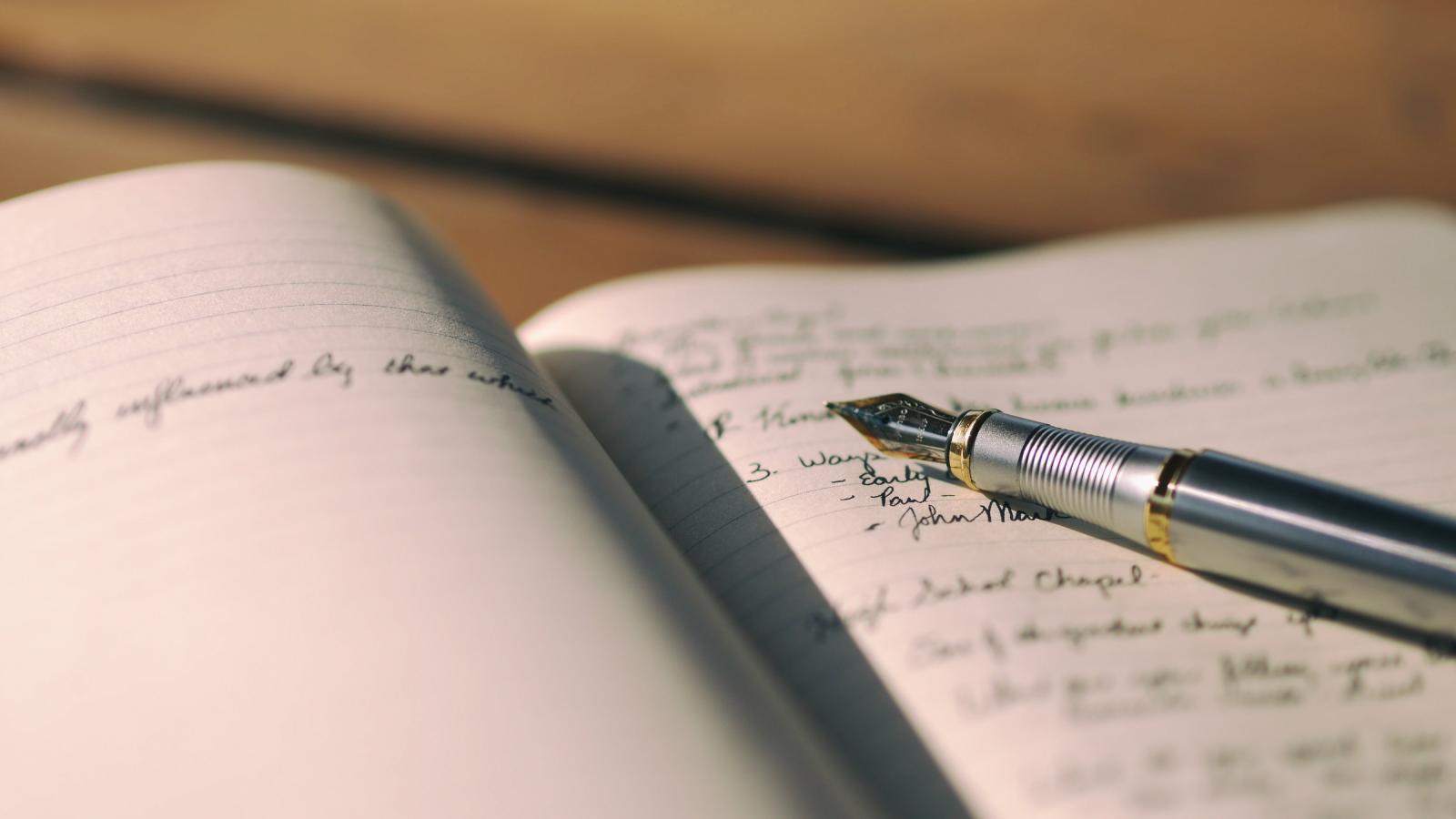 اگر انگیزهتان برای نوشتن را از دست دادهاید، این نقل قول ها را دریابید!