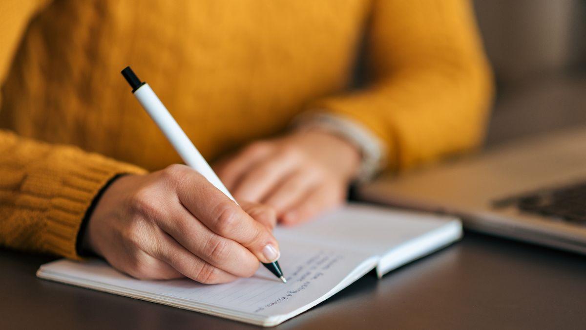چطور هر روز نوشتن باعث میشود که تبدیل به نویسندهی بهتری شوید