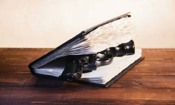 چطور رمان جنایی بنویسیم؟ ۹ راهکار برای نوشتن رمان جنایی