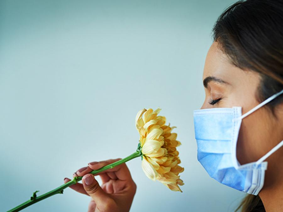 چگونه حس بویایی را در نوشته خود توصیف کنیم