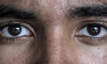 ۸ شیوه برای توصیف خصوصیات چشم کاراکتر در نوشته